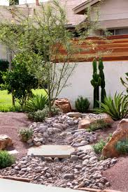 Small Backyard Landscaping Ideas by Best 20 Stream Bed Ideas On Pinterest Dry Riverbed Landscaping
