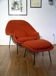 battle of the mid century modern chairs eames plycraft knoll