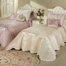 Oversized Quilted Bedspreads Portia I Satin Quilted Oversized Bedspread Bedding