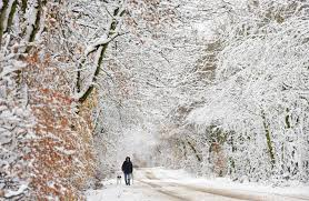 is it snowing in the uk today will it snow in and is there