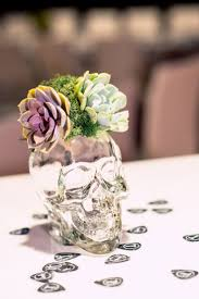 Halloween Wedding Gift Ideas 25 Best Skull Wedding Ideas On Pinterest Horror Wedding
