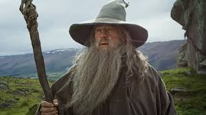 ian mckellen teases return as gandalf on amazon lord of the rings
