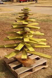 a pallet wood tree alifemorepalletable