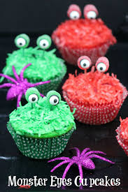 monster eyes cupcakes cute recipe idea for halloween