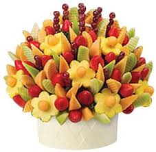 fruits arrangements for a party edible arrangements regular size delicious party bouquet price