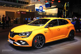 renault yellow 2018 renault megane rs is the best hatchback at iaa 2017