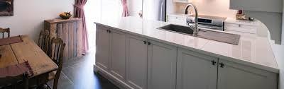 armoire de cuisine thermoplastique ou polyester créations folie bois armoires de cuisine en polyester