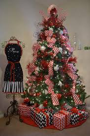 best 28 peppermint christmas tree decorations 1000 ideas about