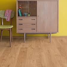 Quick Step Andante Natural Oak Effect Laminate Flooring White Oak Laminate Flooring Home Design Ideas And Pictures