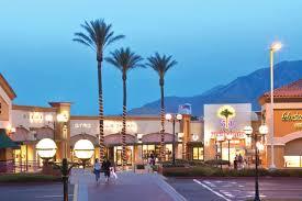 black friday sales at desert premium outlets