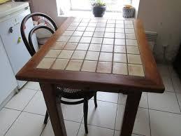 table cuisine chene table cuisine chêne carrelée clasf