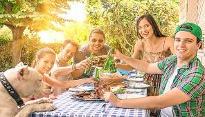 plan a great end of summer family reunion with us coachways