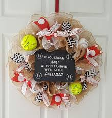 Softball Christmas Ornament - pinterest u0027teki 25 u0027den fazla en iyi softball wreath fikri beyzbol