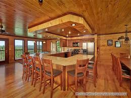 6 bedroom cabins in pigeon forge kitchen dining area in smokies tower a 6 bedroom luxury rental