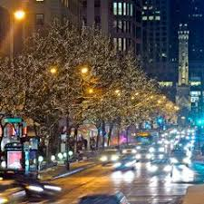 chicago trolley holiday lights tour chicago trolley s tour of the lights in downtown chicago is such fun