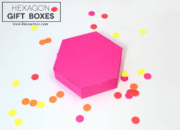 15 paper gift box templates lines across