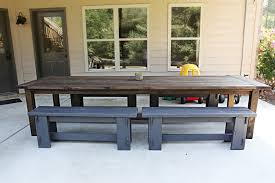 Build Outside Wooden Table by Varnish Virgin Bower Power