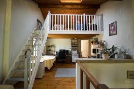 escalier peint 2 couleurs comment peindre les poutres et le plafond l u0027achèvement de la