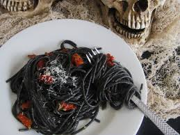 halloween dinner ii black spaghetti with garlic parmesan and sun