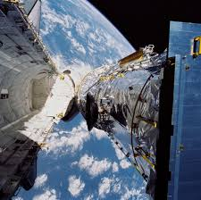 kathryn sullivan april 25 1990 deployment of the hubble space telescope nasa