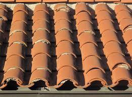 Tile Roof Repair File Tile Roof Repair Jpg Wikimedia Commons