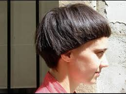 bib haircuts that look like helmet helmet hairstyle youtube