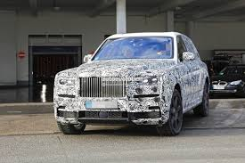 rolls royce cullinan render rolls royce suv might be canceled due to design issues autoevolution