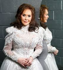 you u0027re lookin u0027 at country royalty in u0027loretta lynn u0027 houston
