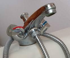 changer un robinet de cuisine remplacer un evier fabulous gallery of remplacer robinet duarrt
