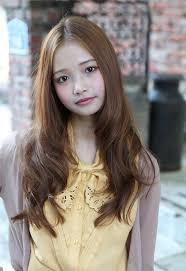 long hair with layers for tweens hairstyle straight to curls 2012 long center parted korean