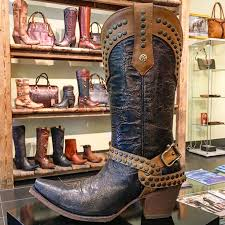 womens boots ship to canada 47 best xixo cuadra boots images on downtown