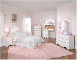 Childrens Oak Bedroom Furniture by Bedroom Rooms To Go Childrens Bedroom Sets 17 Best Ideas About