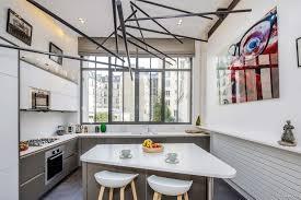 fenetre metal style atelier loft dans une ancienne fonderie à paris par vincent eschalier