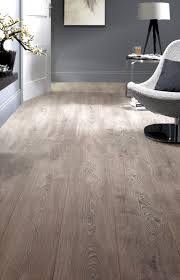 Weathered Laminate Flooring 8467 Weathered Oak Widebody Jpg 1 924 3 000 Bildepunkter