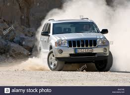jeep grand cherokee 5 7 hemi stock photos u0026 jeep grand cherokee 5