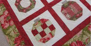 a ornament quilt for baubles of quilting cubby