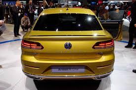 don u0027t call it a ccomeback volkswagen arteon debuts autoguide