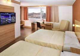 Hotels With Family Rooms Marceladickcom - Hotel with family room