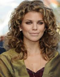 best long curly hairstyle for round faces
