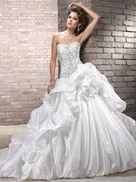 cost of wedding dress average cost to clean a wedding dress wedding ideas
