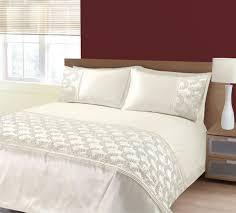 Duvet Protectors Uk Cream Duvet Covers Bedding And Duvet Cover Sets Terrys Fabrics