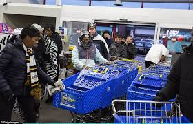 target does poor job on black friday boycott brawls and arrests on u0027gray thursday u0027 overshadow quiet black