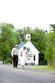 wedding planning schools chapel at balls falls where wedding ceremony will happen
