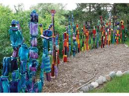 garden totems 28 design ideas in glass ceramic mosaic and wood