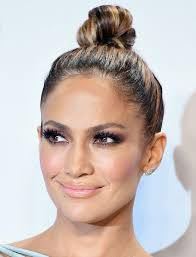 exactly how to get jennifer lopez s glowing makeup from the amas
