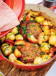 cuisiner le roti de porc rôti de porc braisé aux pommes ricardo