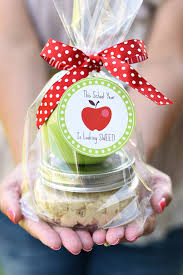 Caramel Apple Party Favors Caramel Apple Teacher Gift Idea The Crafting