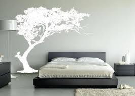 chambre lit décoration d une chambre avec un lit bas bellecouette