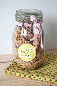 selbstgemachte weihnachtsgeschenke aus der küche geschenk aus der küche selbstgemachtes knuspermüsli rosy grey