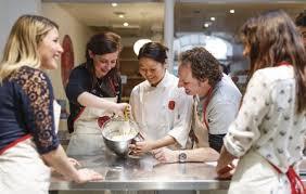 cours de cuisine en groupe cours de cuisine groupe à l atelier des chefs penthièvre 75008